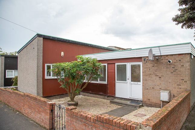 Thumbnail Terraced bungalow to rent in Overton Mains, Kirkcaldy