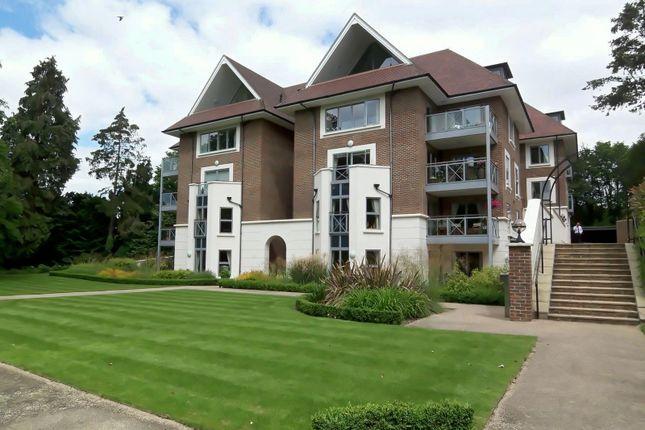 Thumbnail Flat to rent in Burlington Place, Kincraig Drive, Sevenoaks