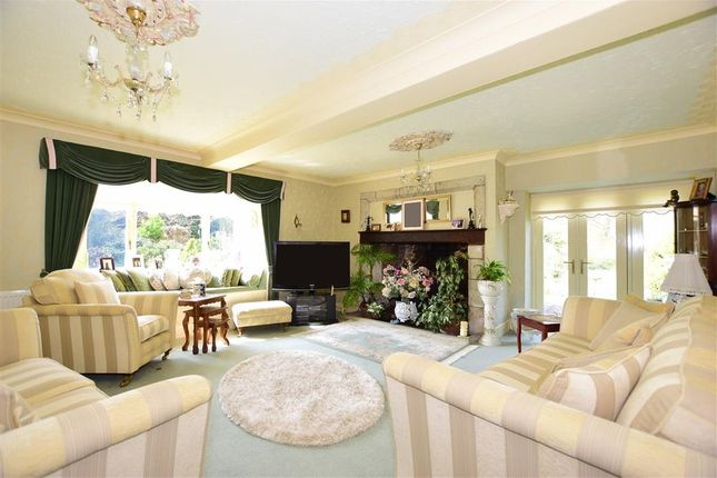 Sitting Room of Bowcombe Road, Newport, Isle Of Wight PO30