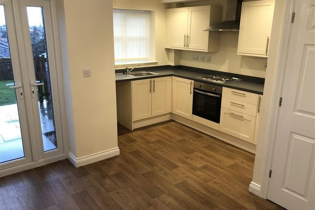 Thumbnail Town house to rent in Boggs Cottages, Lindhurst Lane, Mansfield