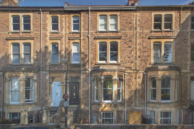 Thumbnail Terraced house for sale in Alma Vale Road, Clifton