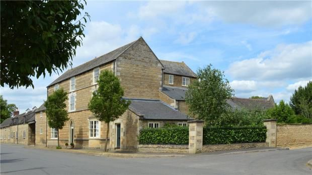 Thumbnail Property for sale in 33A Towngate East, Market Deeping, Peterborough