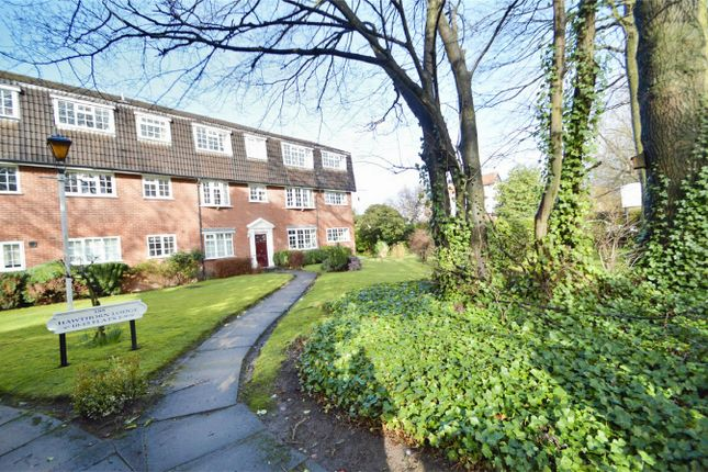 Thumbnail Flat for sale in Hawthorn Lodge, Davenport, Stockport, Cheshire