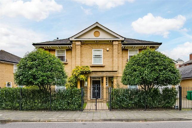 Thumbnail Detached house to rent in Wyatt Drive, Barnes, London