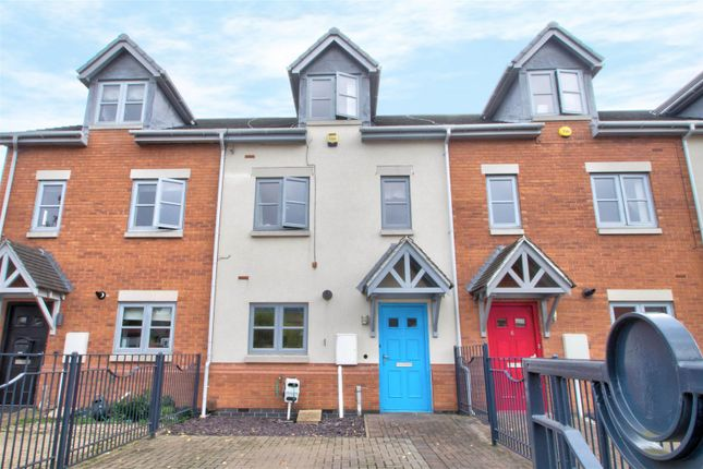 Thumbnail Terraced house for sale in Scotland Road, Basford, Nottingham