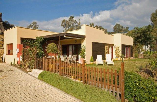 3 bed villa for sale in Spain, Málaga, Estepona, East Estepona