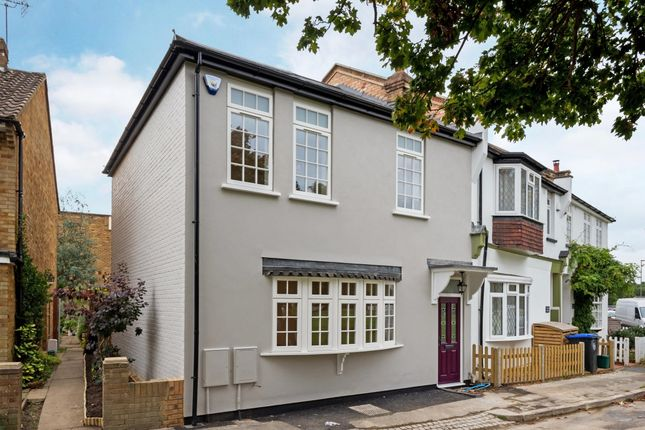 Thumbnail End terrace house to rent in Weston Green, Thames Ditton