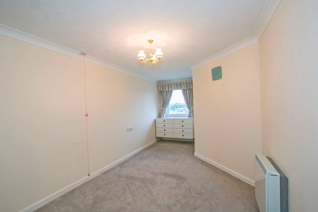 Bedroom of Swannery Court, Weymouth DT4