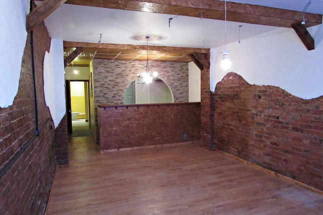 Thumbnail Flat to rent in Montagu Street, Kettering