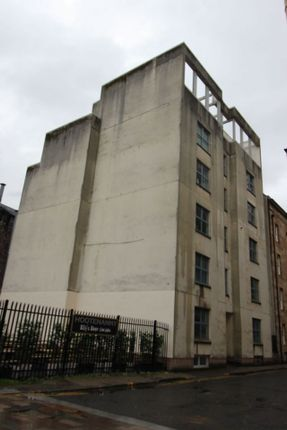 Thumbnail Flat to rent in Fox Street, Glasgow