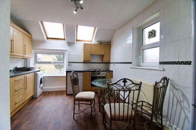 Thumbnail Flat to rent in Mountjoy Road, Huddersfield