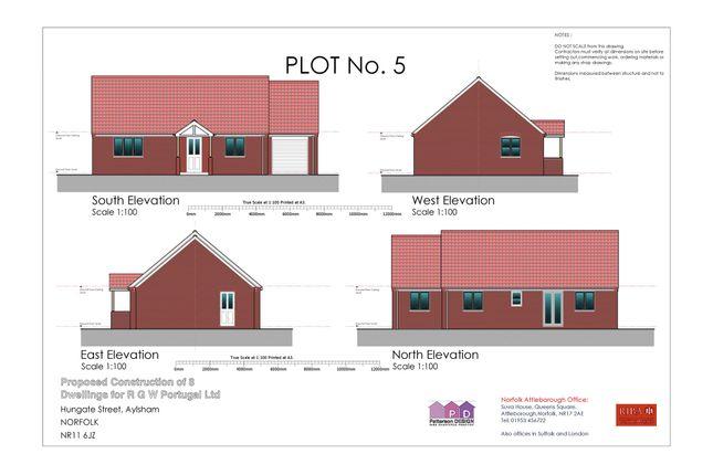 Thumbnail Detached bungalow for sale in Hungate Street, Aylsham, Norwich