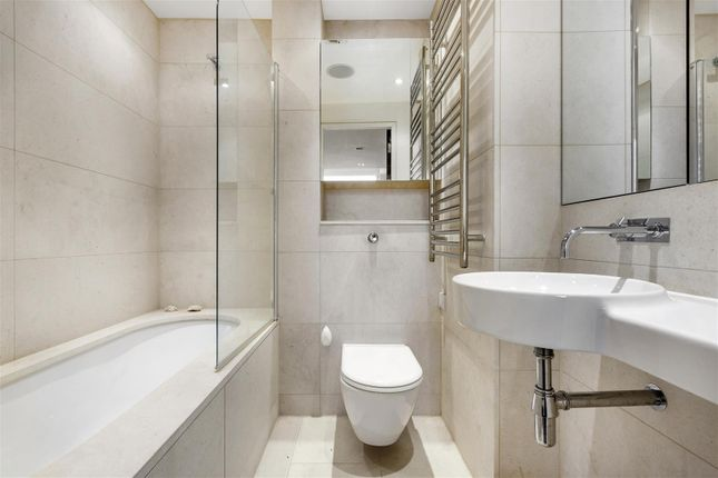 Bathroom of The View, 20 Palace Street, Westminster, London SW1E