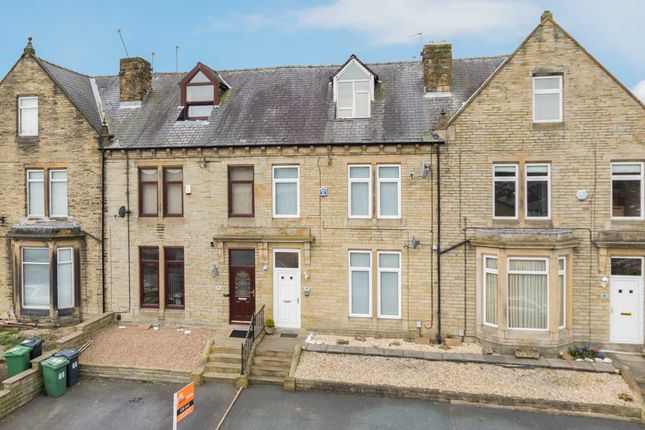 Thumbnail Town house for sale in Headfield Road, Savile Town, Dewsbury