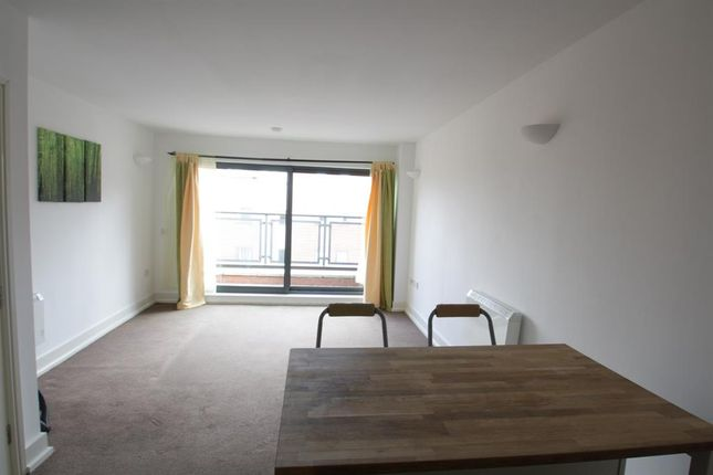 Flat for sale in Moss Street, Liverpool