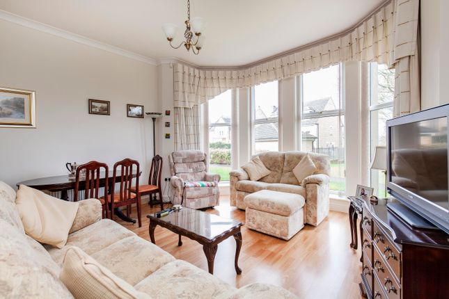 Flat for sale in Holyrood Avenue, Sheffield