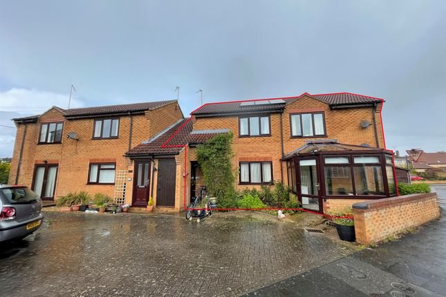 4 bed flat for sale in Horsegate, Deeping St. James, Peterborough PE6