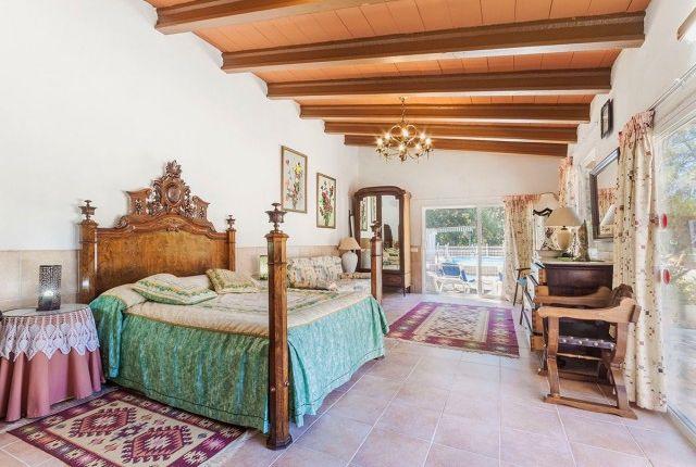 Bedroom 1 of Spain, Mallorca, Campanet