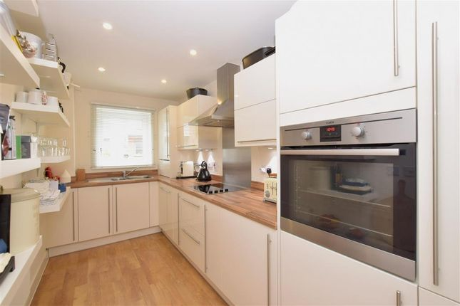 Thumbnail Town house for sale in Longley Road, Chichester, West Sussex