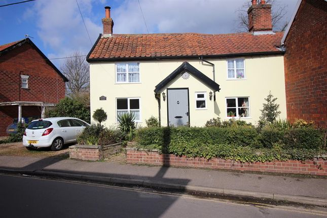 Thumbnail Link-detached house for sale in Sunnyside, Diss