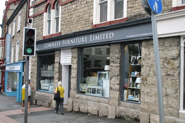 Thumbnail Commercial property for sale in 82 Stramongate, Kendal, Cumbria