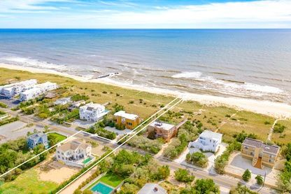 Thumbnail Country house for sale in 546 Dune Rd, Westhampton Beach, Ny 11978, Usa