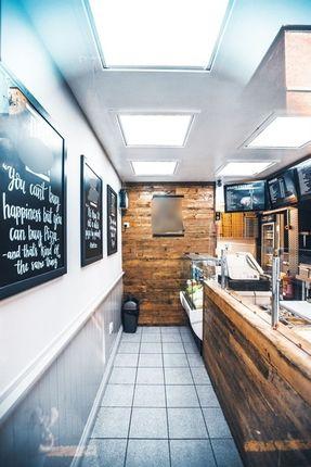Thumbnail Restaurant/cafe for sale in Oak Street, Llangollen