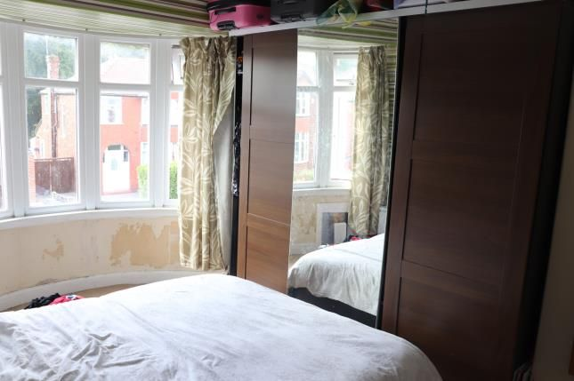 Bedroom 1 of Ludlow Road, Offerton, Stockport, Cheshire SK2