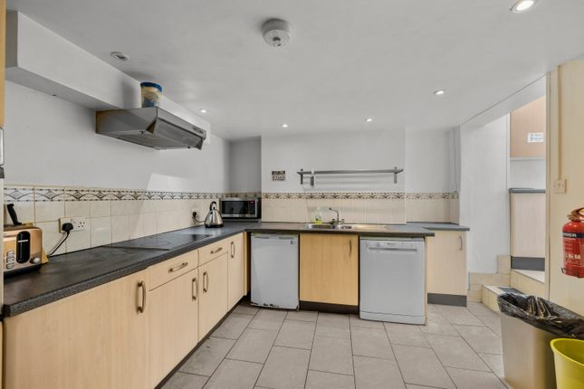 Room to rent in Beaumont Road, St. Judes, Plymouth