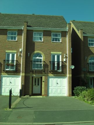 Thumbnail Terraced house to rent in Warren House Walk, Sutton Coldfield