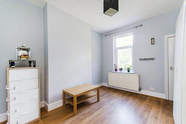 Thumbnail Maisonette to rent in Radnor Road, Harrow