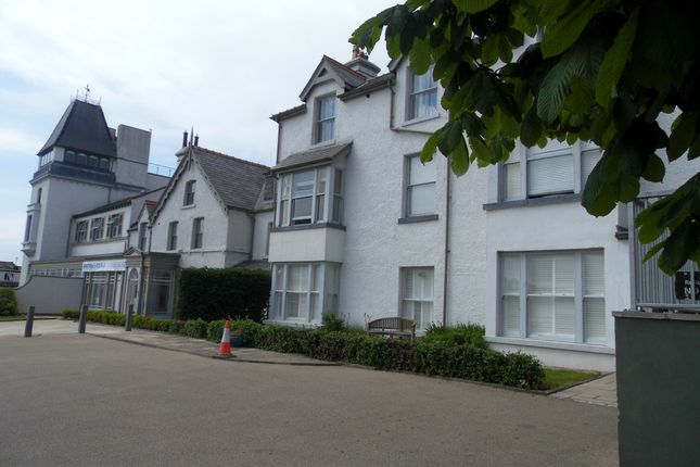 Thumbnail Flat to rent in Station Road, Deganwy