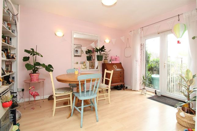 Dining Room of All Saints Avenue, Prettygate, Colchester CO3