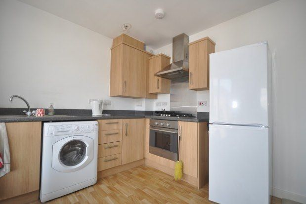 1 bed flat to rent in High Street, Rochester ME1