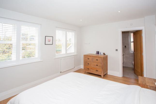 Bedroom One of Watling Street, St. Albans, Hertfordshire AL1