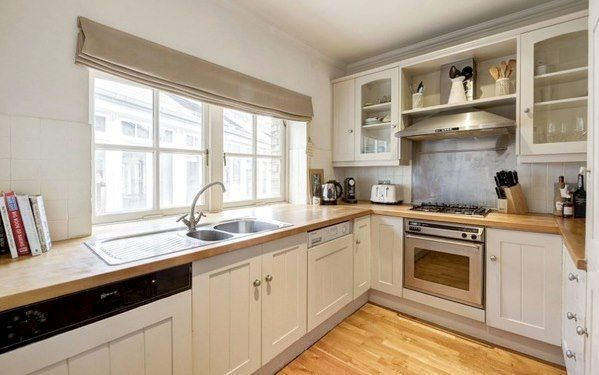 Thumbnail Property to rent in Shorts Garden, London