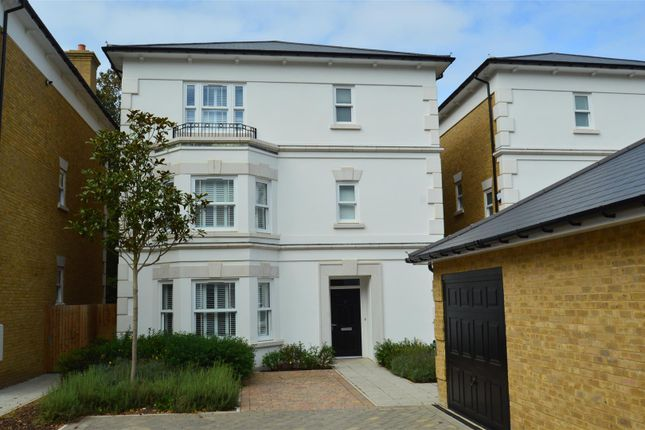 Thumbnail Detached house to rent in King's Avenue, Royal Wells Park, Tunbridge Wells