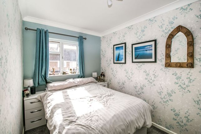 Bedroom of Sutton Court Drive, Rochford SS4