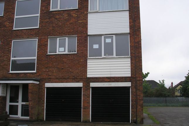 Thumbnail Flat to rent in Ashley Court, Thorgam Court, Grimsby