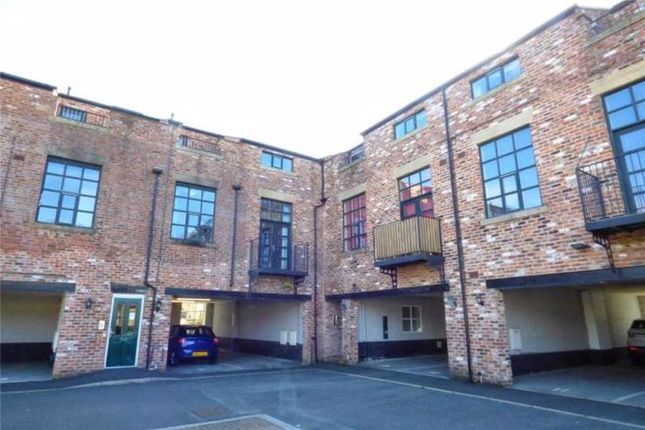 Thumbnail Flat to rent in Shaw Lodge, Lodge Street, Wardle, Rochdale