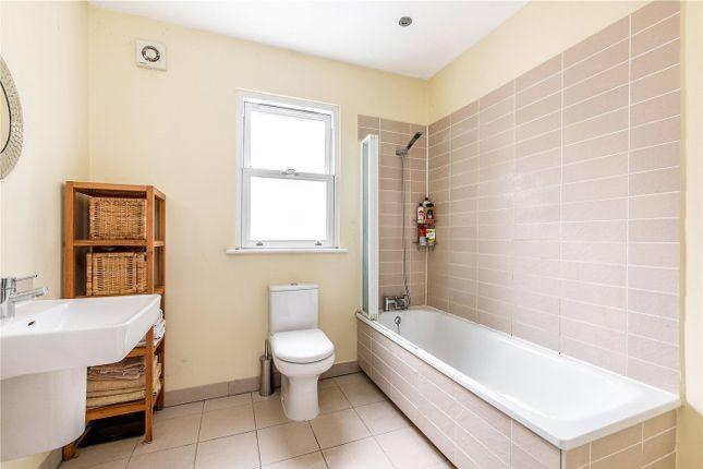 Bathroom of Ivydale Road, Nunhead, London SE15