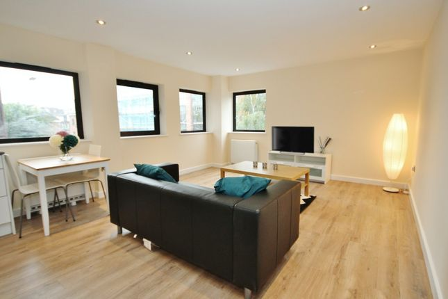 Thumbnail Flat to rent in Morland House, Eastern Road, Romford
