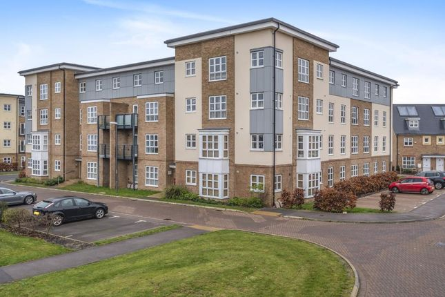 2 bed flat for sale in Brotheridge Court, Stratford Drive, Aylesbury HP21