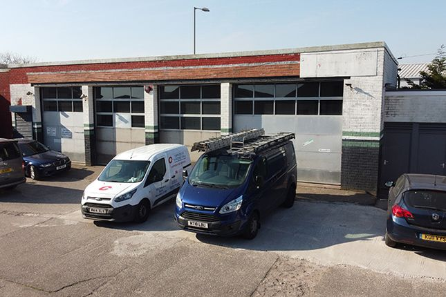 Thumbnail Light industrial to let in Wakefield Business Park, Aintree