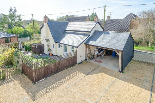 Thumbnail Detached house for sale in Lynch Lane, Fowlmere, Fowlmere