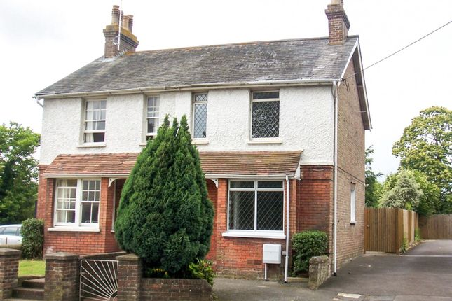 Thumbnail Semi-detached house to rent in London Road, Pulborough