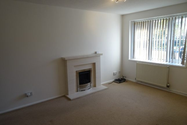 2 bed semi-detached house to rent in Mainwaring Drive, Wilmslow