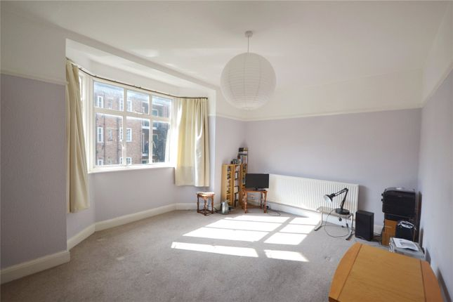 Thumbnail Flat for sale in Haslemere Road, Crouch End, London