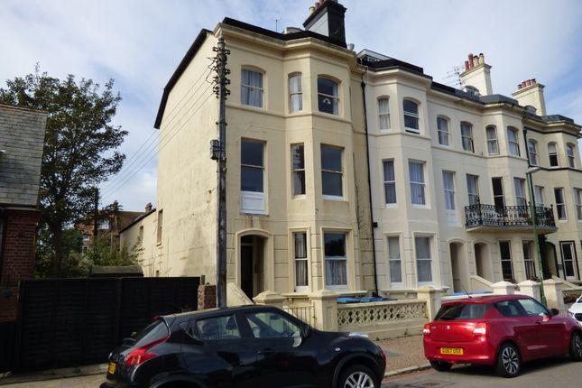 Thumbnail 2 bed flat to rent in Granville Road, Littlehampton
