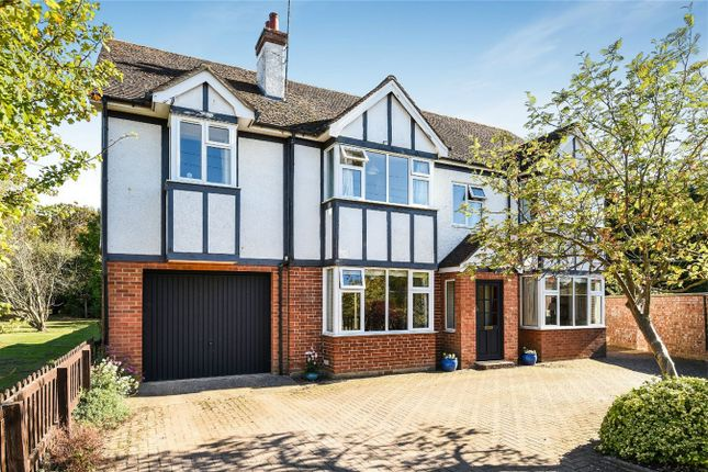 Thumbnail Detached house for sale in Beverley Grove, Bedford